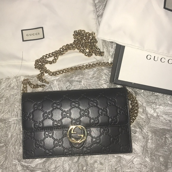 70988dabb85 Handbags - Gucci icon chain wallet
